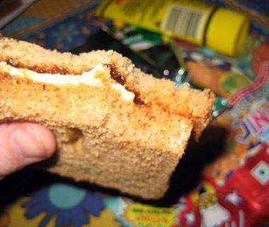در مایه های نان و پنیر خودمان. یک اغذیه ی سالم