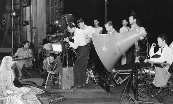 اورسون ولز در جلد کارگردان همشری کین.