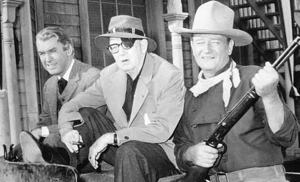 جان وین، جان فورد و جیمز استوارت جان در مردی که لیبرتی والانس را کشت.