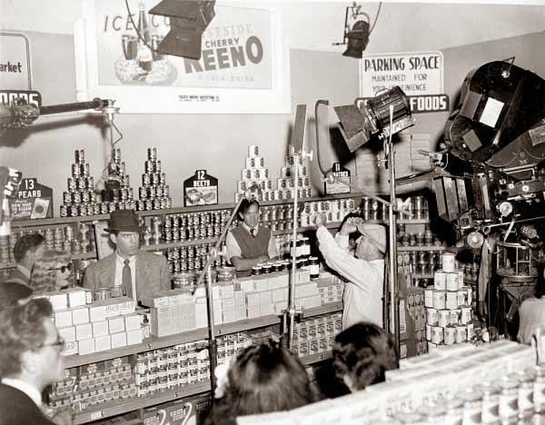 اینجا هم مک مورای و استنویک را در سکانس سوپرمارکت غرامت مضاعف میبینید