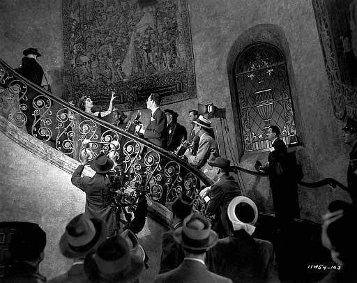 شاهکار دیگری از استاد وایلدر، سانست بلوار و گلوریا سوانسن هنگام اجرای صحنهی معروف فیلم. سال 1950