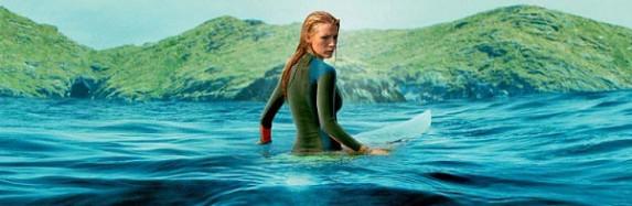 نگاهی به فیلم آبهای کمعمق The Shallows