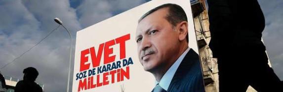 ظرافتهای اجرای یک شوی عامهپسند ـ نگاهی به رفراندوم اخیر ترکیه از منظری غیرسیاسی